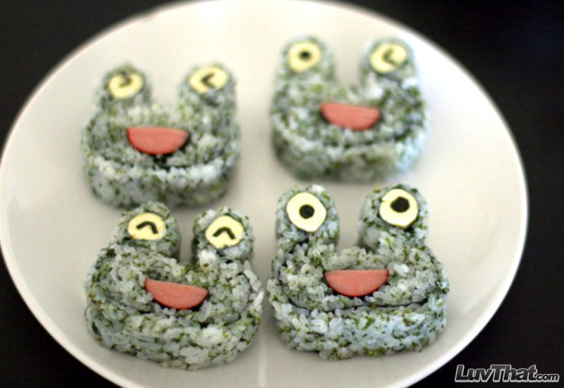 cute frogs sushi art