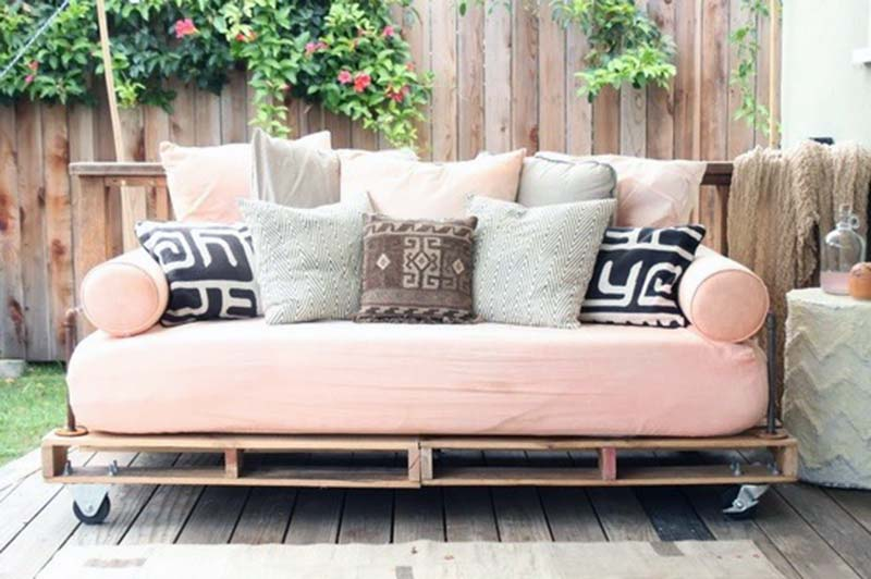 easy outdoor seating pallet furniture