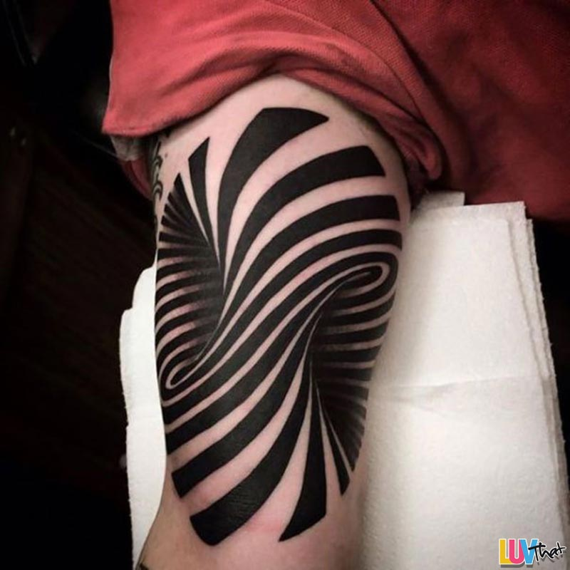 hole through arm optical illusion tattoo